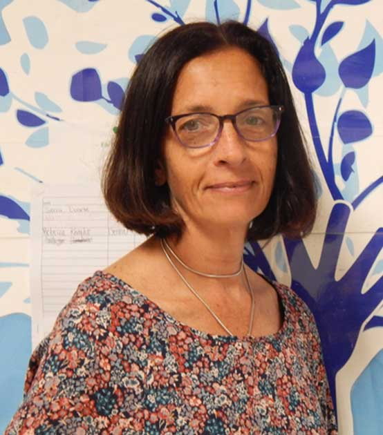 Elizabeth Travis